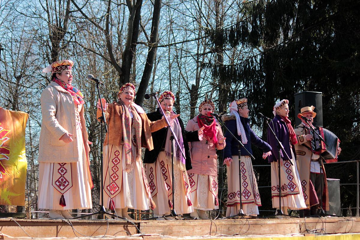 Народный ансамбль народной песни и музыки «Мирские музыки»