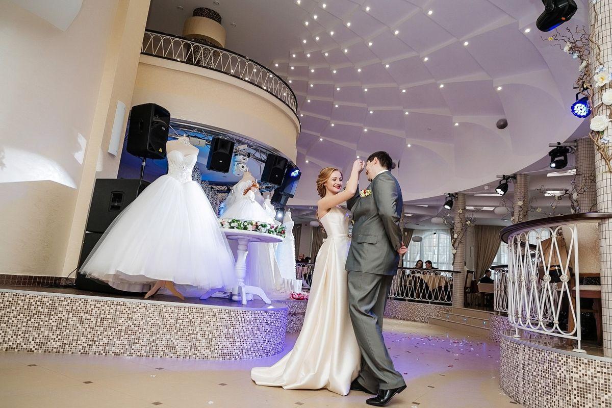 Юлия и Василий Костров отмечали в этот день 10-летний юбилей свадьбы. Фото: Татьяна ГЛУШАКОВА