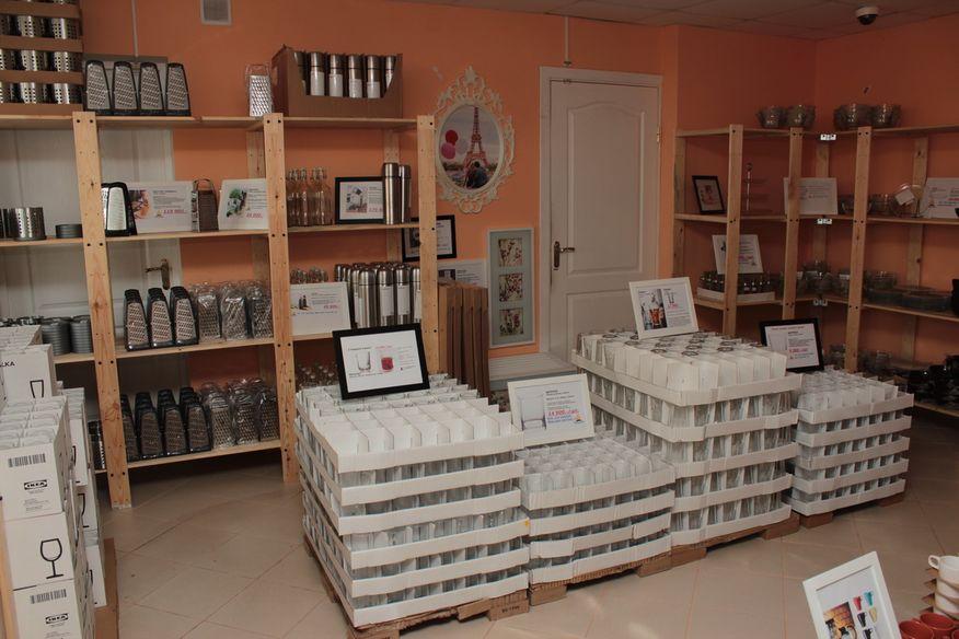 Магазин, торгующий товарами ИКЕА. Фото: Юрий ПИВОВАРЧИК.