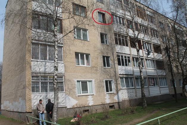 Трагический случай произошел на улице Тельмана. Погиб житель четвертого этажа дома №155. Фото: Татьяна МАЛЕЖ
