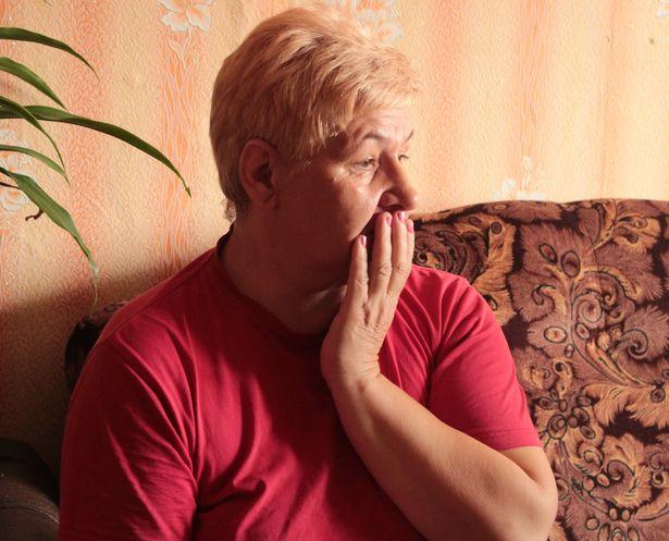 У жительницы деревни Ишколдь Раисы Николаевны в 2014 году на трассе погиб сын Алесь. Фото: Юрий ПИВОВАРЧИК