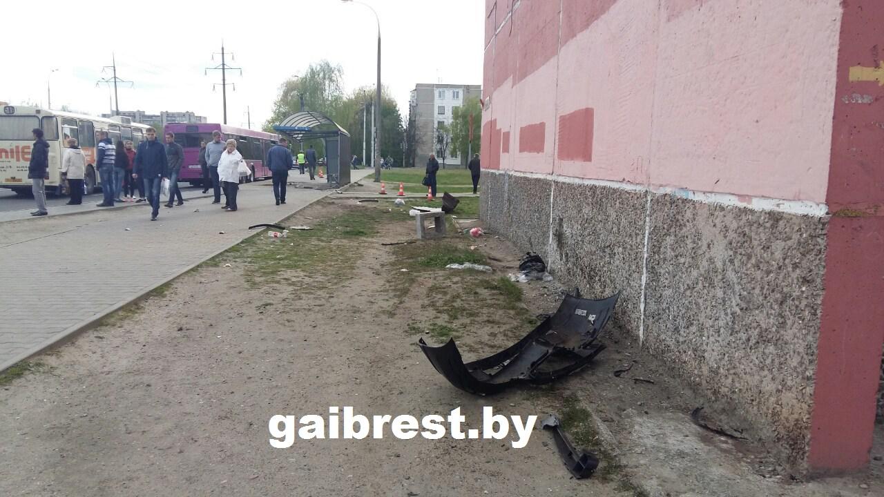 Место ДТП. Фото: ГАИ Брестской области http://gaibrest.by/?p=13935