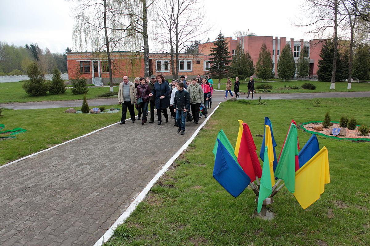 Для гостей были огранизованы экскурсии по территории училища