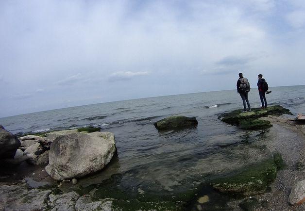Влад Парамонов на берегу Каспия