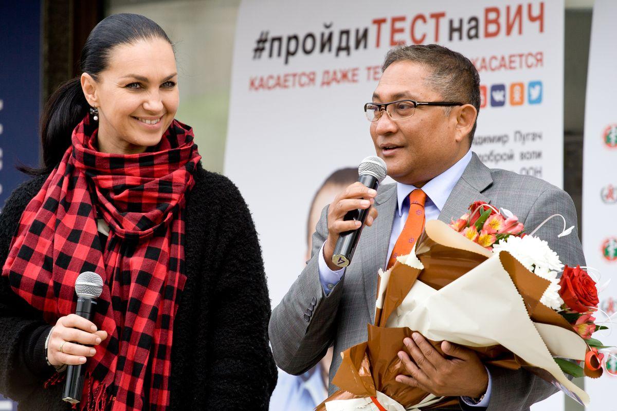 Телеведущая Светлана Боровская и доктор Рашед Мустафа.