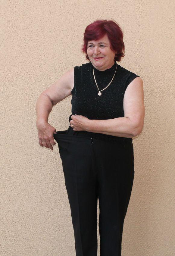 Татьяне Стрельчик пришлось ушивать свои брюки. Фото: Татьяна МАЛЕЖ.
