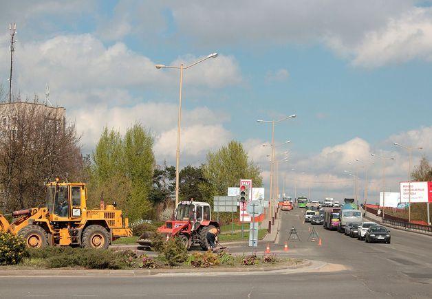 По результатам опроса на сайте Intex-press худшим из отремонтированных оказался путепровод на улице Ленина. Фото: Юрий ПИВОВАРЧИК
