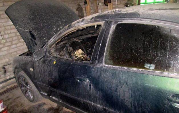 Вечером 2 июня горел автомобиль