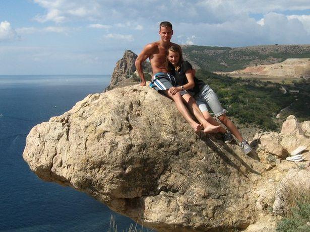 Анна Ярук с братом Игорем в Крыму, 2012 год. Фото: архив героини.