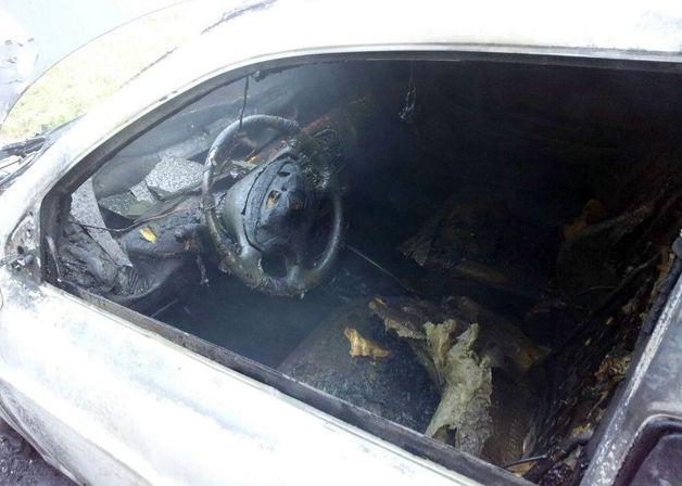 19 июня на улице Жукова горел автомобиль