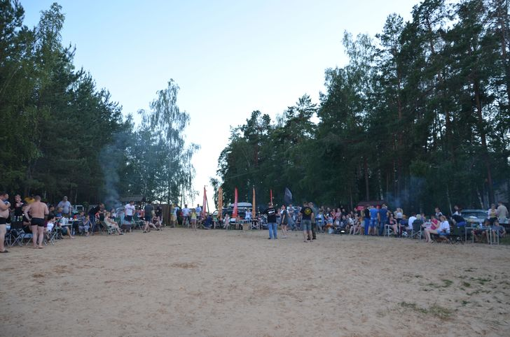 Площадка для игр и конкурсов. Фото: Вячеслав КУЛЕШ.