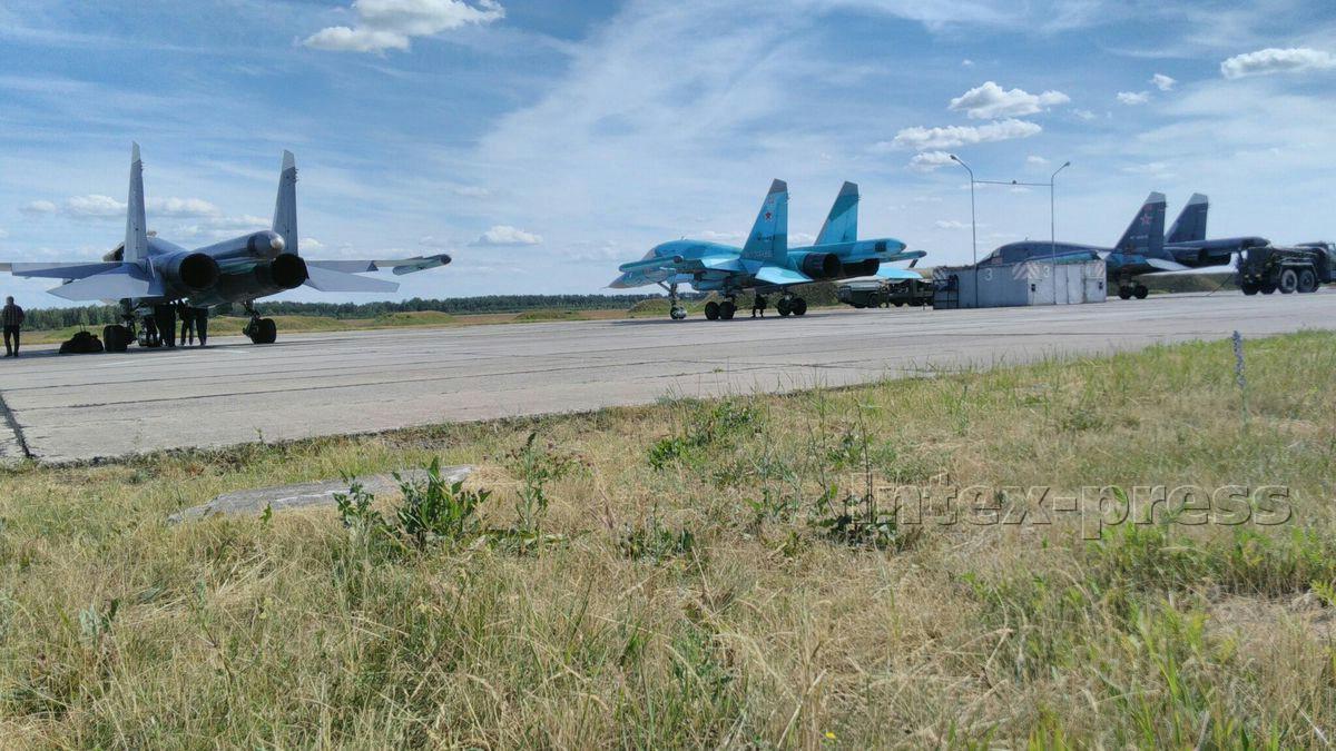 Фотография, которую прислал российский военный с барановичского аэродрома