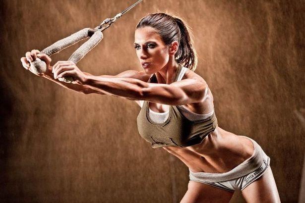 Тренироваться нужно в пульсовом коридоре от 120 до 150 ударов сердца в минуту. Фото: сайт force-man.ru