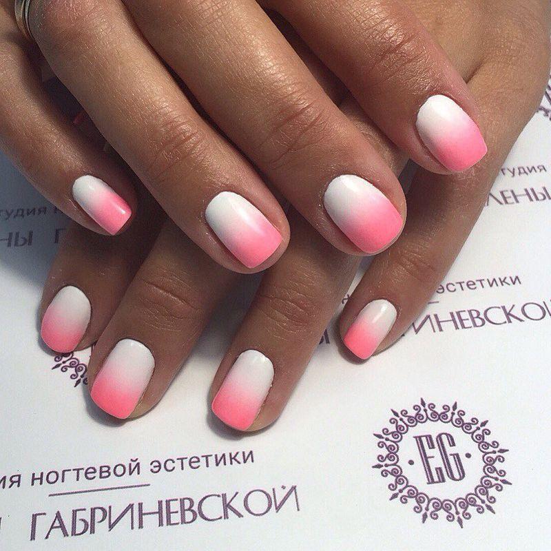 Маникюр омбре. Фото: Студия ногтевой эстетики Елены Габриневской.