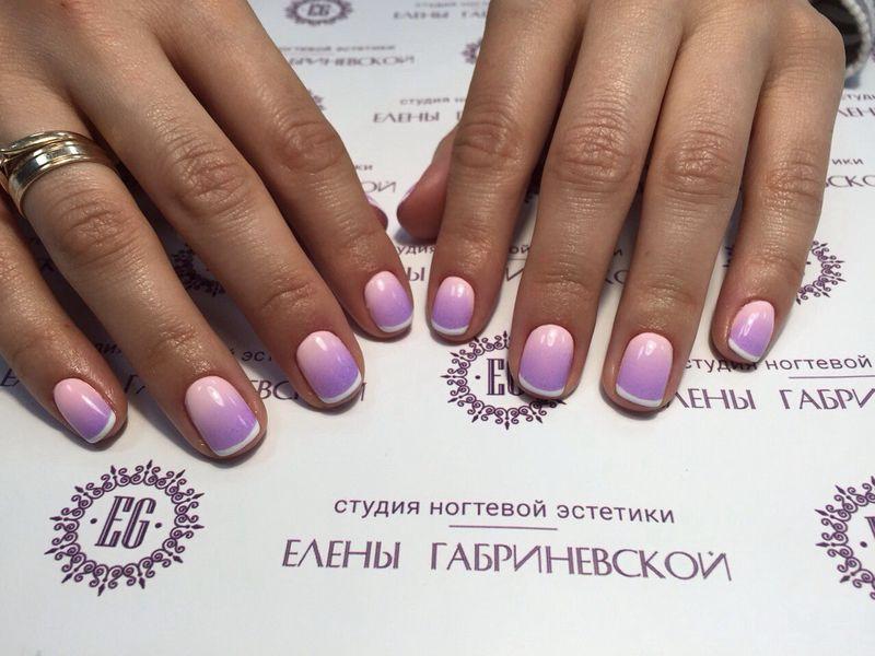 Французский маникюр. Фото: Студия ногтевой эстетики Елены Габриневской.