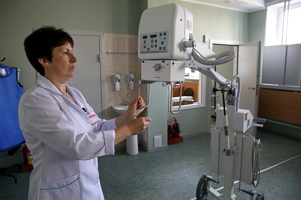 Рентген-лаборант Татьяна Овсяник. Фото: Евгений ТИХАНОВИЧ