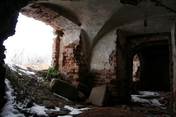 Дворец Радзивиллов разваливается на глазах. Фото: архив Intex-press