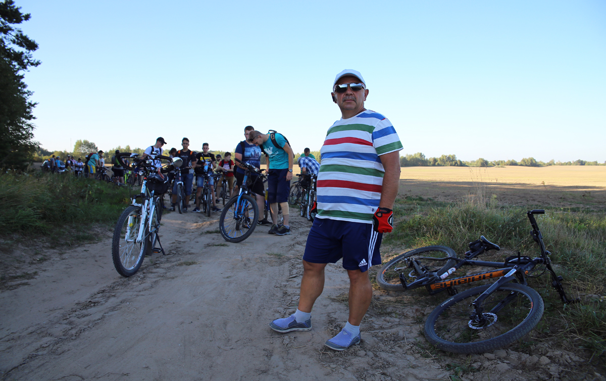 Организатор велопокатушек – Андрей Макар. Фото: Евгений ТИХАНОВИЧ