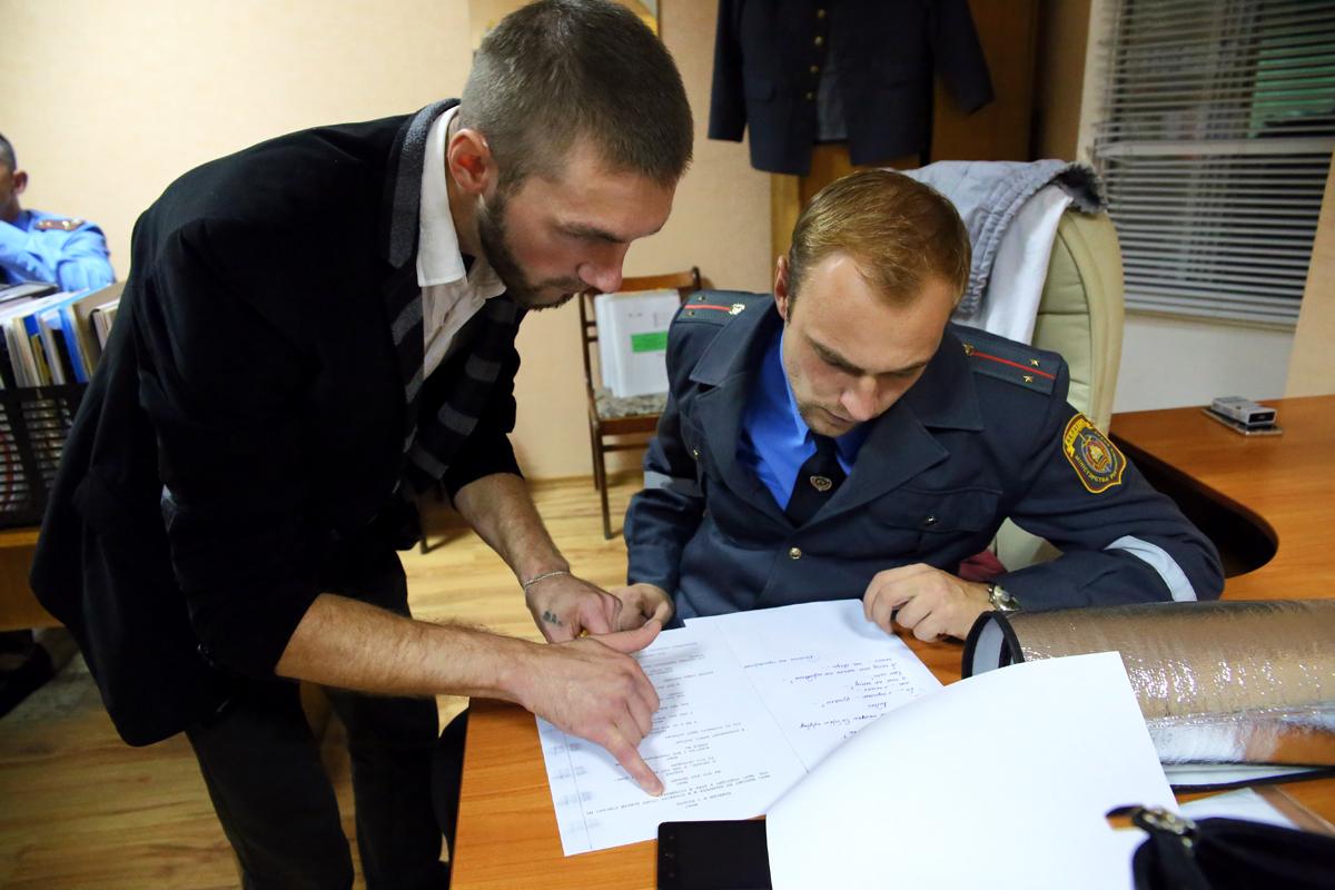 Прогон сценария. Фото: Евгений ТИХАНОВИЧ