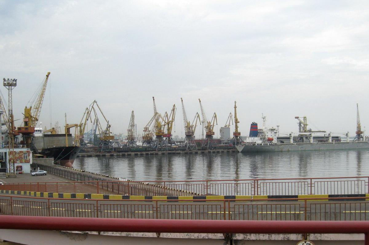 Морской вокзал в Одессе.  Фото: Алена СЕРИКОВА