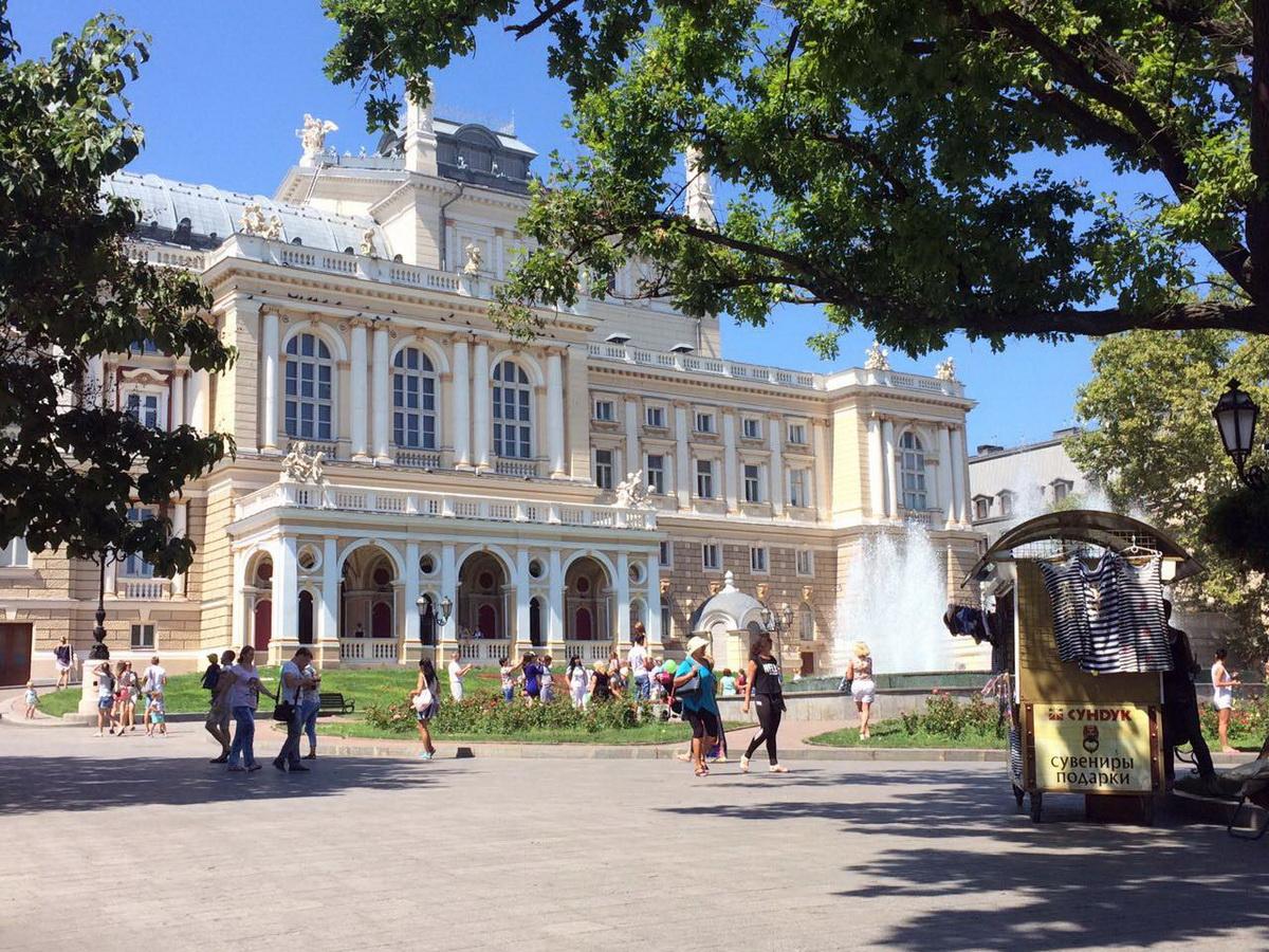 Оперный театр в Одессе. Фото: Алена СЕРИКОВА