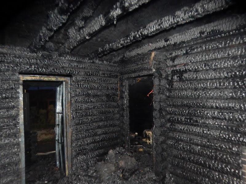 В Барановичском районе дотла сгорела баня.  Фото: Барановичский ГРОЧС