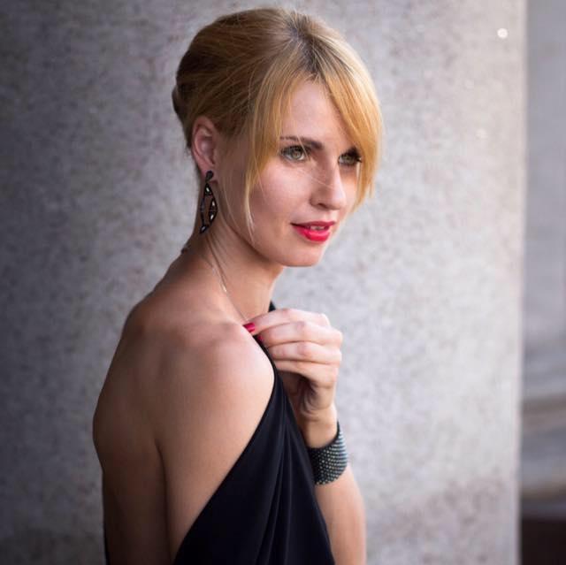 Анна Гюнгер, блокирующая Фото: Facebook, ВКонтакте