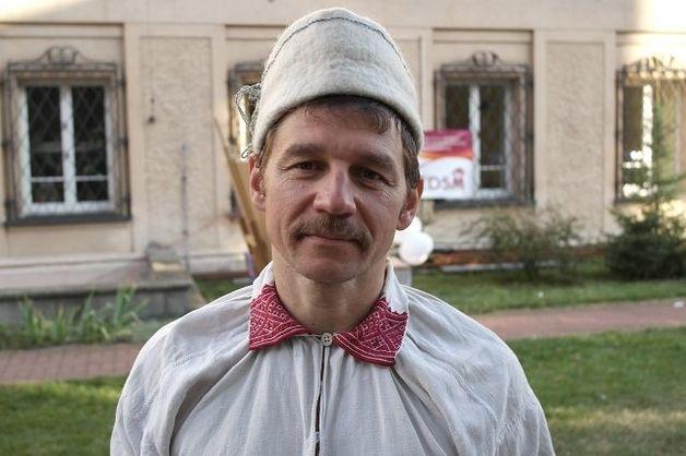 Участник фолк-группы «Рада» Василий Мордачев. Фото: Aliaksandr Papko / radyjo.net