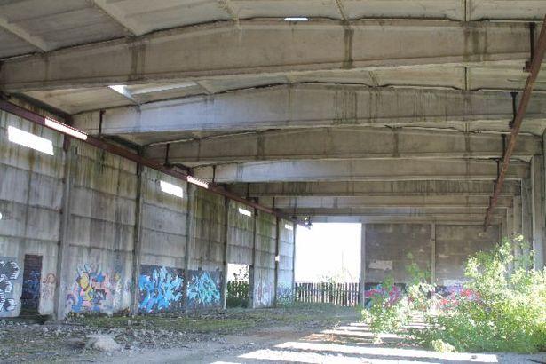 Недостроенный корпус, принадлежащий Стройтресту №25. Фото с сайта butb.by