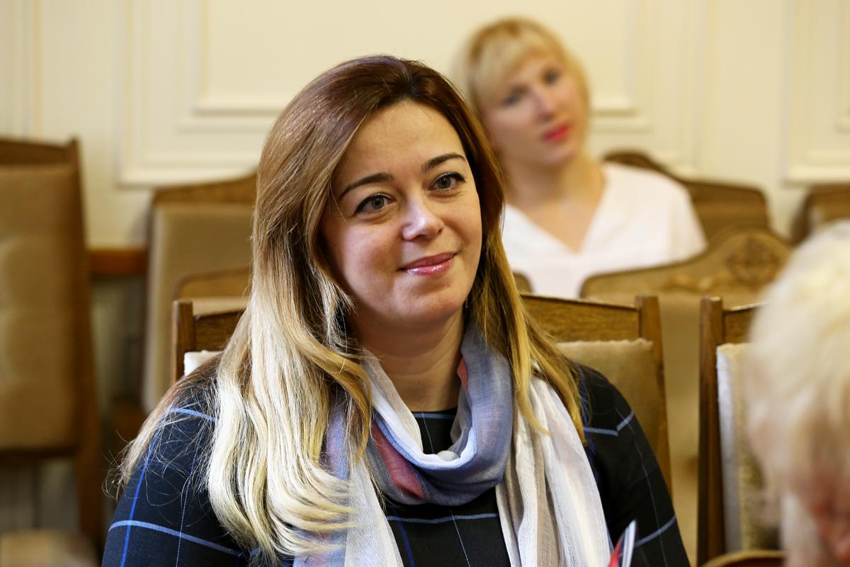 Вера Кунашенко, директор праздничного информационно-развлекательного центра Сюрприз. Фото: Евгений ТИХАНОВИЧ