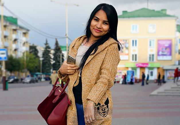 Модные Барановичи: Как одеваются специалист по продажам, агент по недвижимости и студентка