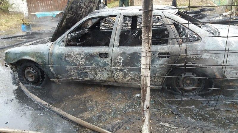 В Барановичском районе в выходные сгорел автомобиль
