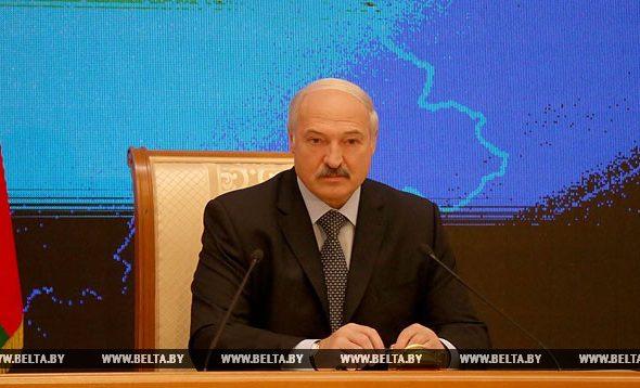 Лукашенко о лагерях для беженцев: Никакого «отстойника» в Беларуси быть не должно