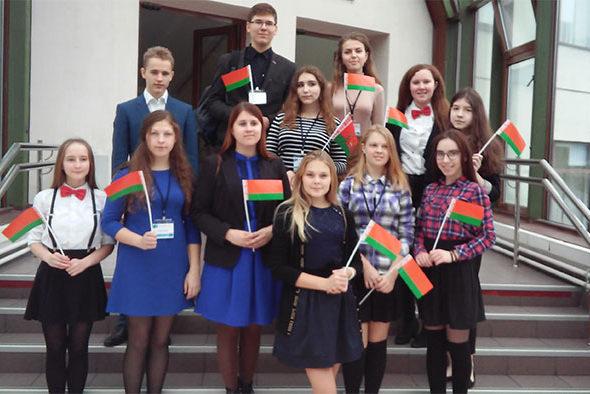 Барановичская школьница победила в Международной олимпиаде по русскому языку в Москве