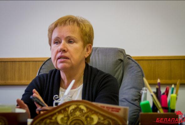 Ермошина: Увеличение срока полномочий президента с 5 до 7 лет способствовало бы стабильности общества