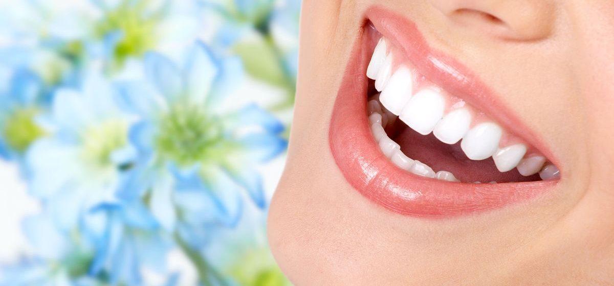 Здоровые зубы – залог обаятельной улыбки*
