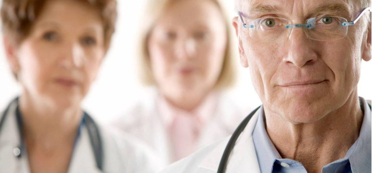 Постановление о медицинской этике вынесли на обсуждение. Рекламировать лекарства и носить каблуки – неэтично