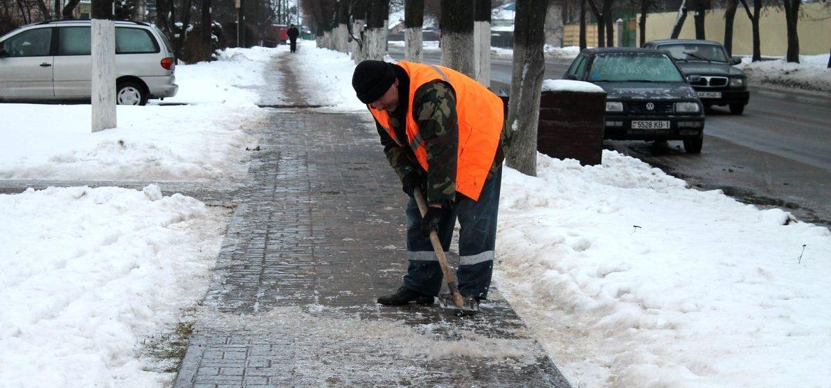На Барановичи обрушился ледяной дождь