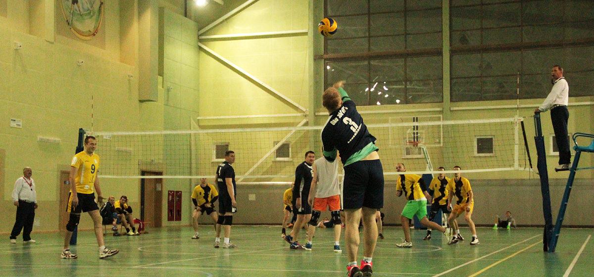 Волейбольный турнир памяти маршала Жукова выиграли брестчане