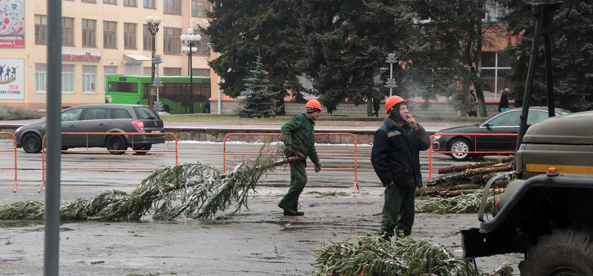В Барановичах на время репетиции открытия елки 14 декабря перекроют площадь Ленина