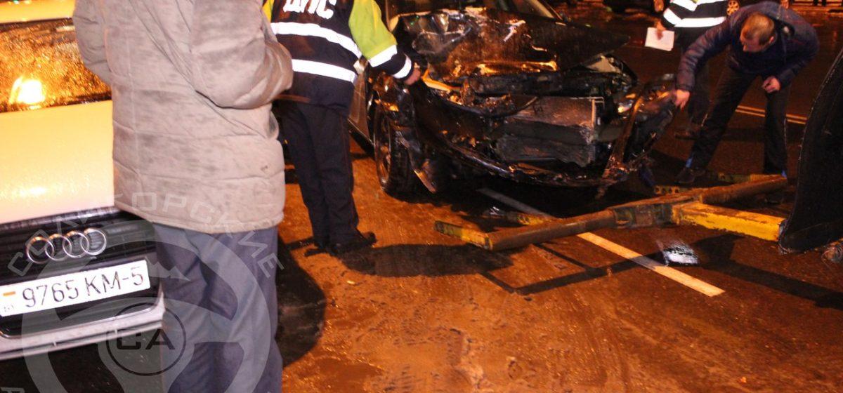 В Солигорске пьяный водитель сбил пешехода и протаранил 10 машин