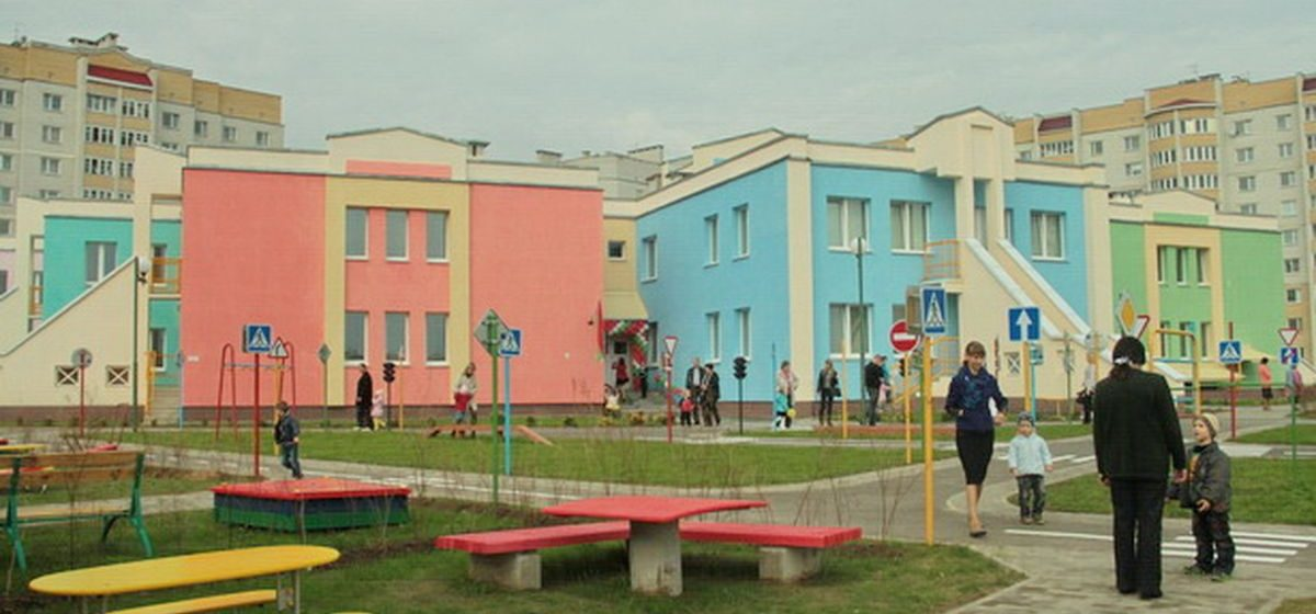 Где в Боровках построят школу и детский сад и сколько раз жителям Барановичей это обещали
