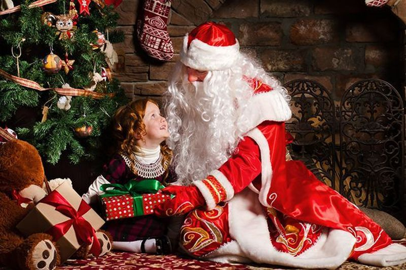 Дед Мороз и Снегурочка у вас дома или на корпоративе…*