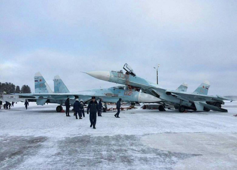 На аэродроме в Тверской области столкнулись два российских истребителя Су-27СМ
