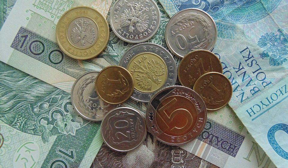 Средняя зарплата в Польше – 978 евро