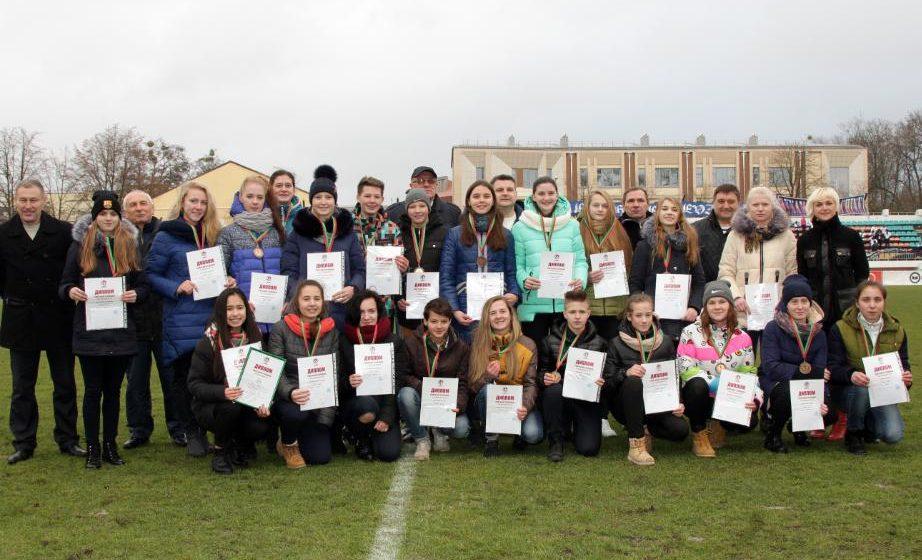 Барановичские футболистки завоевали бронзу первенства страны