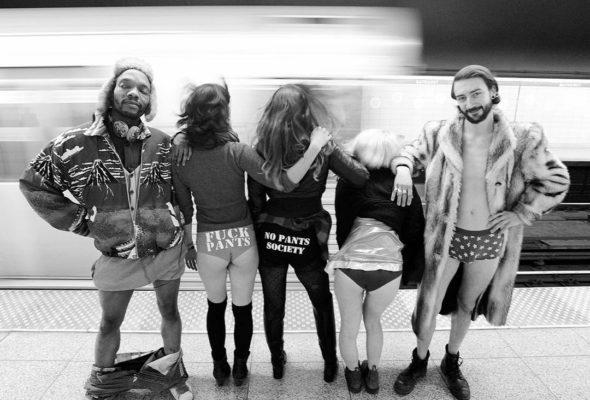 Флешмоб «В метро без штанов» прошел в 32 городах мира