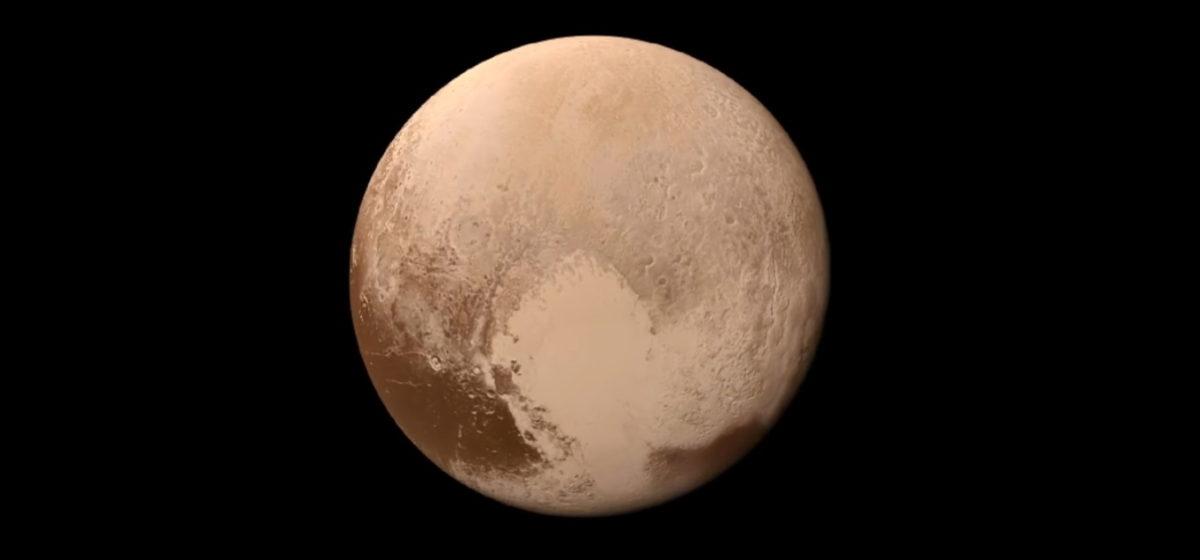 NASA опубликовало цветное видео «посадки» на Плутон