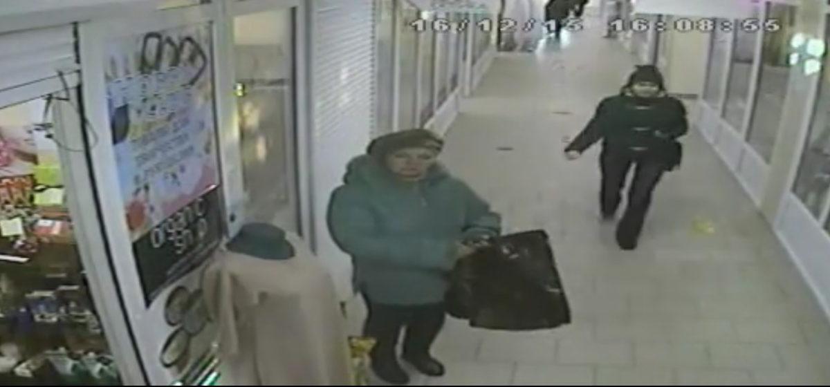 В Гомеле женщина украла урну с пожертвованиями для лечения больной раком девочки