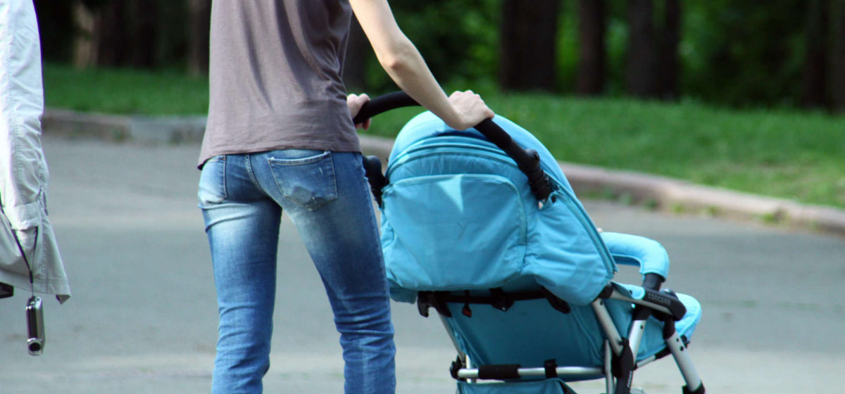 Пособия по уходу за детьми до 3 лет повысят в феврале